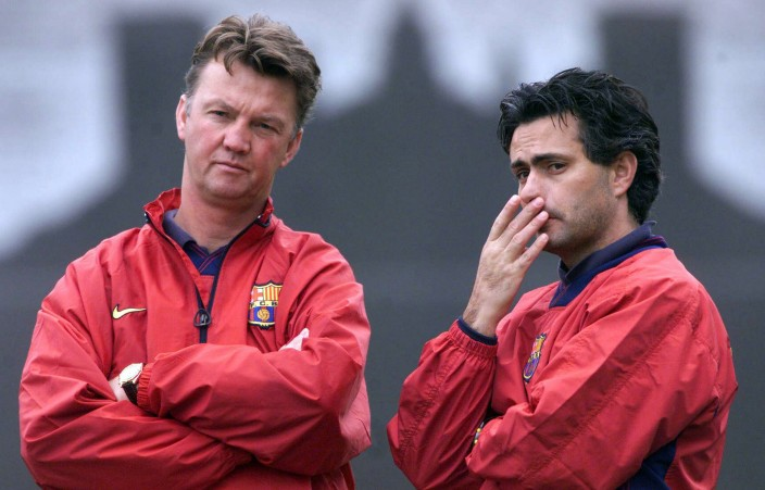 Van Gaal and his assistant Jose Mourinho at Barcelona