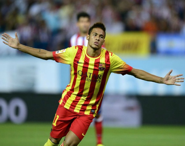 Neymar sporting the Senyera shirt