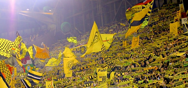 Dortmind's fans in the famous 'yelllow wall' still believe in Klopp, but does the coach share their confidence.