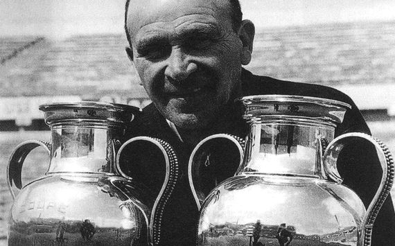 The manager who won two European Cups for Benfica, and later 'cursed' them not to win another for 100 years.